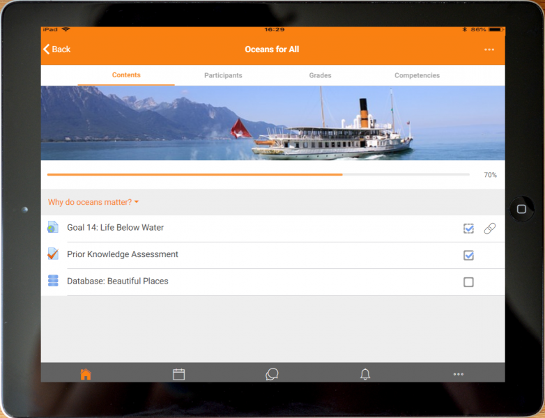 A course opened in the Moodle Mobile App